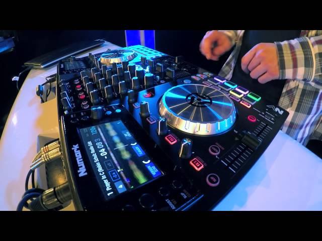 NUMARK NV : DJ M-RODE mashup sur 4 desk (La Boite Noire)