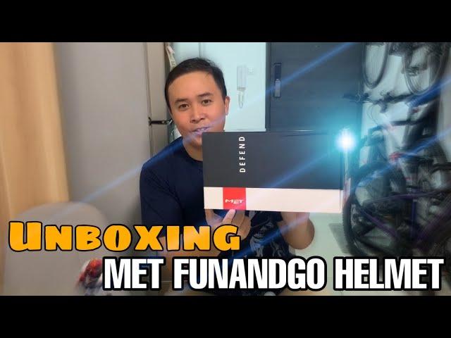 Видео Шлем MET Funandgo Iridescent/Violet/Black (глянцевый)