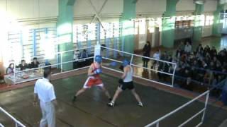 Школа бокса против секции по боксу