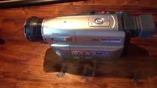 Видеокамера vhs Panasonic VZ 1 и видеоплеер Samsung