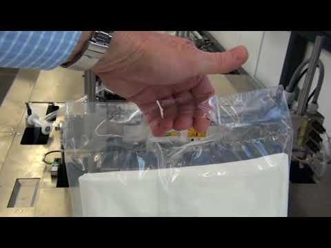Bettüberzüge in einer Aufhängeverpackung