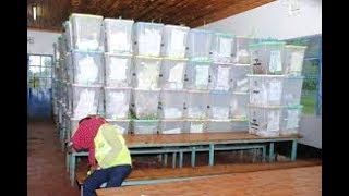 Polisi wamkamata afisa wa IEBC na madai ya kuitisha fomu 34A  sehemu ya Mlolongo, kaunti ya Machakos