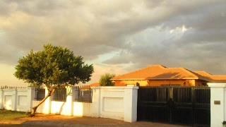 2 Bedroom House For Rent in Roodepoort, Gauteng, South Africa for ZAR 5000 per month