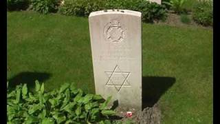 preview picture of video 'Young and Old The CWGC Rifle House Cemetery near Mesen, Belgium'