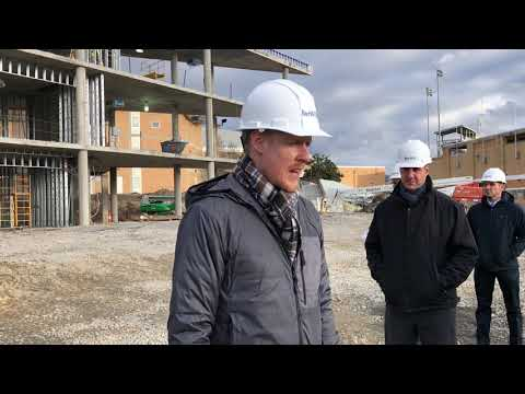 Video: Architect Stephen Trimble speaks to Kingsport and school officials