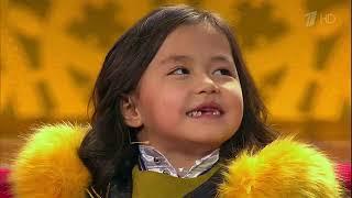 Шестилетняя Нурпери из Кыргызстана провела мастер-класс для Максима Галкина на шоу «Лучше всех!»