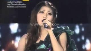 "Uut Permatasari Feat. Via Vallen "" Sakitnya Tuh disini "" - Gemilang Roadshow (30/1)"