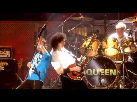 Queen + Paul Rodgers - We Will Rock You/We Are The Champions (Live in Ukraine)