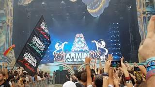"Armin van Buuren playing ""If I Lose Myself Coming Home"" at Untold Festival 2017"