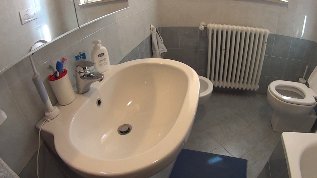 Rooms for rent in a 3-bedroom apartment for women, close to Bicocca University