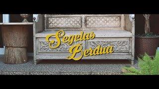 Download Fourtwnty - Segelas Berdua (Lyric Video) Mp3