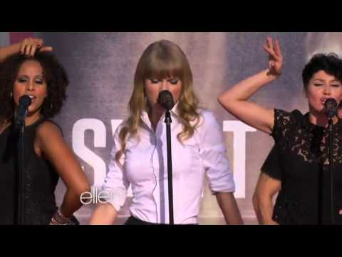 Taylor Performs 'We Are Never Ever Getting Back Together'.