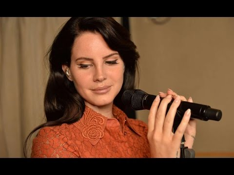 Lana Del Rey Interview Live Session On Bbc Radio 1 2015 Moonblogsfromsyb