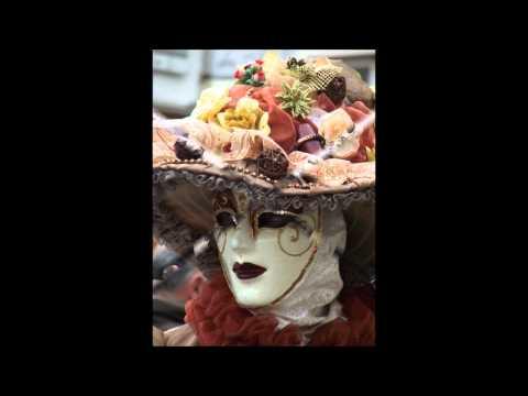 Les masques doeuf pour la personne de la peau mélangée