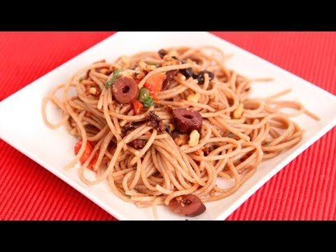 Sweet and Salty Spaghetti Recipe – Laura Vitale – Laura in the Kitchen Episode 638