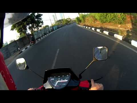 Afternoon Ride with Vespa Excel 150