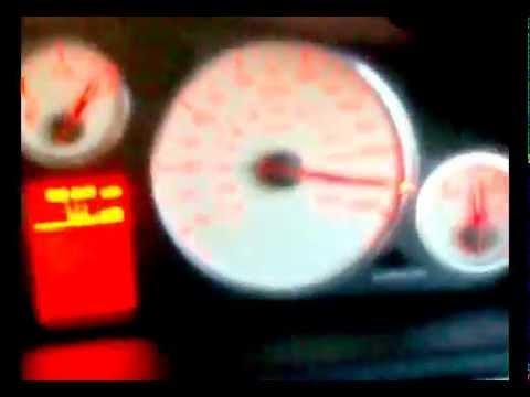 Der Aufwand des Benzins opel corsa