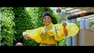 Piesie Esther   'Maseda Kɛseɛ' My Great Thanks (Official Video)