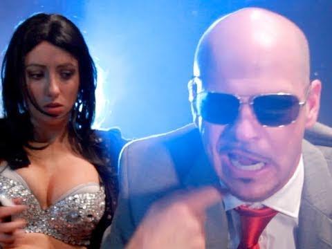 Pitbull - Give Me Everything parodie