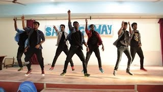 Best mallu group dance by boyZ - Kristu jayanti college banglore