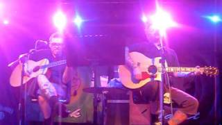 Bowling For Soup - Much More Beautiful Person [Live Premiere/Acoustic 08/04/10 Brighton)