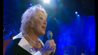Tanya Tucker: walk through this world with me