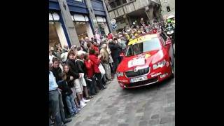 preview picture of video 'Le Tour starting in Dinan 2011'