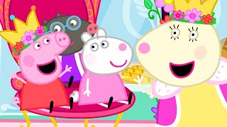 Peppa Pig Official Channel   Peppa Pig Dresses Up as a Queen at the Carnival