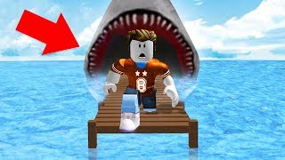 RUN AWAY FROM THE SHARK! (Roblox)