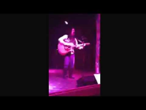 Kelly Ray covering Home by Marc Broussard love at Hank's in McKinney, TX