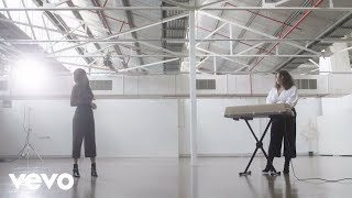 Odette   A Place That I Don't Know (Grey Ghost Session) Ft. Gretta Ray