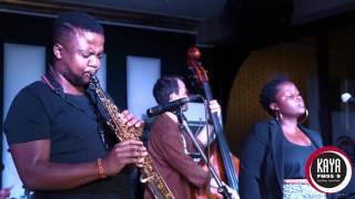 Sisonke Xonti Performs Bonisile Live and Unplugged on Kaya FM