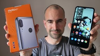 Motorola Moto E6 Plus - Unboxing & Tour