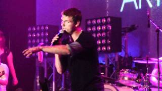 Nick Carter-Shape of my heart (live)