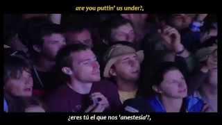 Arctic Monkeys - Brianstorm (inglés y español)