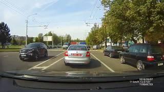 ГАИ Минска. Пешеход  чуть не сбил экипаж ДПС