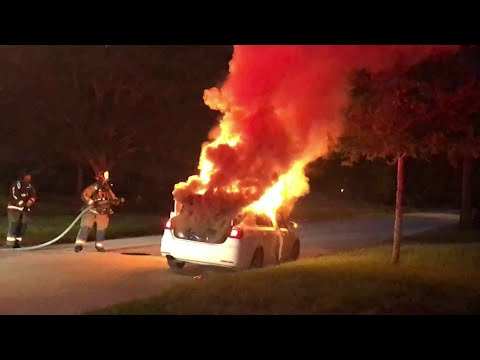 Police: Burglar Sets Car On Fire