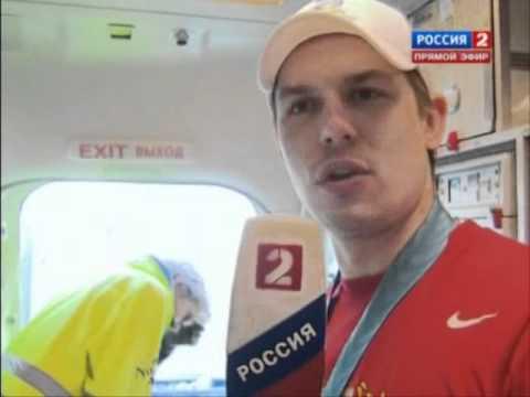 , title : 'Сборная России по хоккею.интервью после ЧМ 2012'