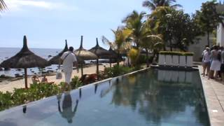 preview picture of video 'Mauritius Hotel Le Recif Attitude Pointe Aux Piments Mauritius Pool Strand Meer Sandstrand'