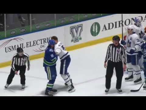 Cole Cassels vs. Andrew Nielsen