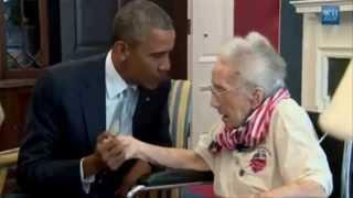 Obama and Joe Biden meeting Lucy Coffey, a 108 year old World War II Veteran