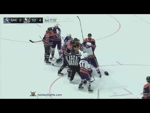 Corey Tropp vs. Jesse Puljujarvi