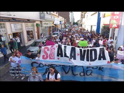 Multitudinaria convocatoria en la marcha a favor del Niño Por Nacer
