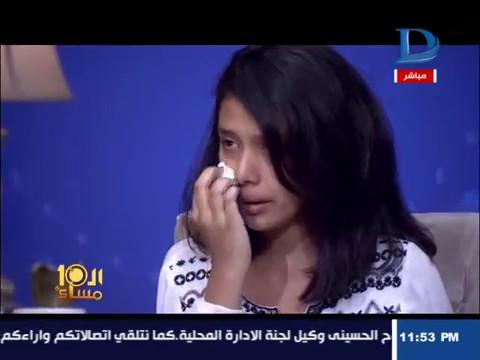 بالفيديو.. طالبة مسيحية تروي واقعة قص شعرها على يد «منتقبة» بالمدرسة