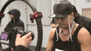 Gambar cover TAEYANG - 'RINGA LINGA(링가 링가)' Making of the Dance Performance & M/V