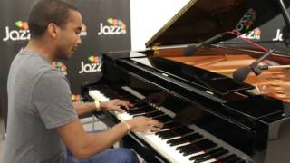 Live solo performance at Jazz FM HQ