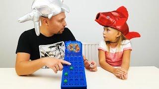 Николь ПРОТИВ Папы ИГРАЕМ В CRAZY ИГРУ   Детский канал видео для детей
