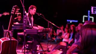 Andy Grammer - Miss Me (Live at the Roxy)