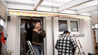 Anbringen einer Markise unter einer Terrassenüberdachung
