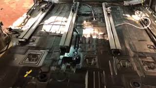 У Тойота Сиенна заводские материалы имеются лишь в небольшом количестве, явно недостаточном